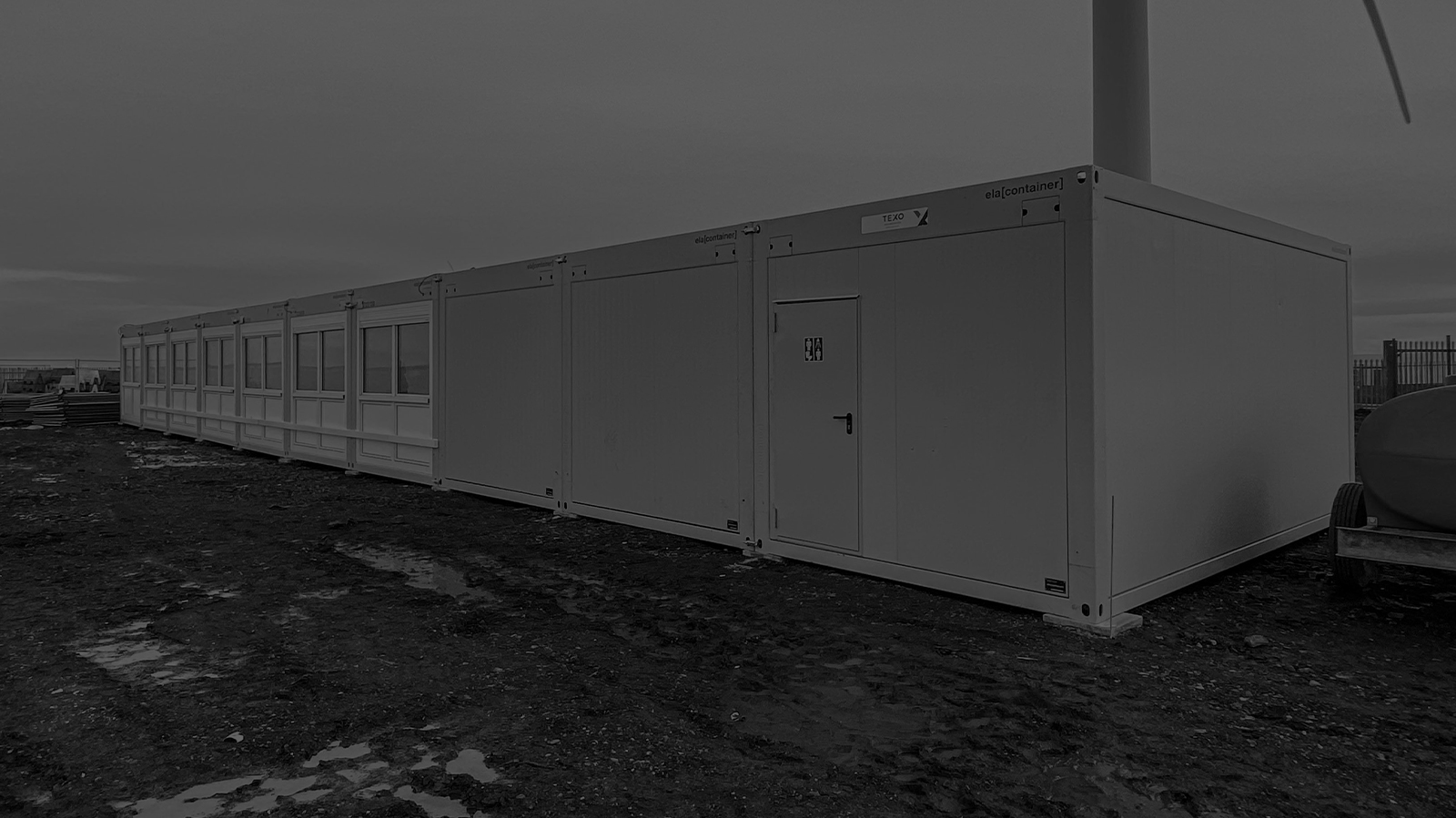 On-Site Welfare and Office Facilities For 30 Staff